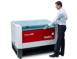 Máy khắc cắt laser phi kim Speedy
